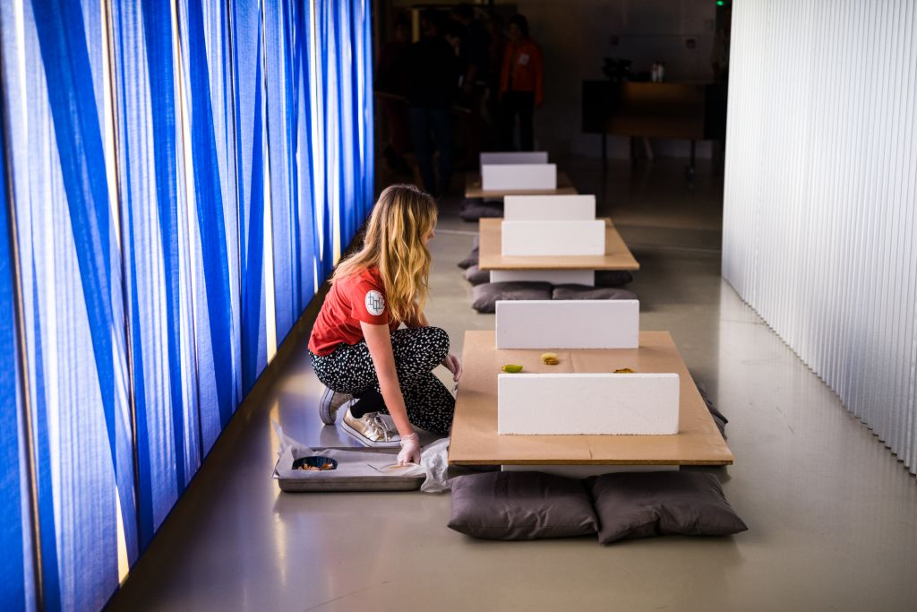 Dinner 'Recalibrate Your Senses' organised by KABK students in Interior Architecture and Furniture Design, 27 November 2018 at Het Nieuwe Instituut. Photo: Boudewijn Bollmann.